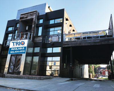 1023 Bardstown Rd | Former Restaurant Space