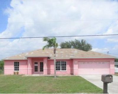 3 Bed 2 Bath Foreclosure Property in Fort Myers, FL 33913 - Blackstone Dr