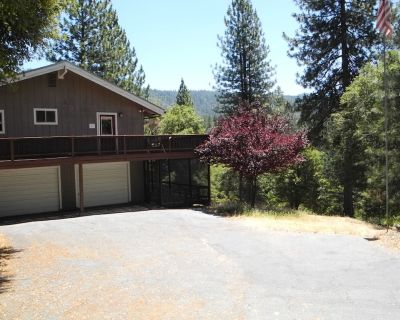 Knarly Oaks River House, Spa, Generator, View, 2300 Sq ft, 1.7 Private Acres - Mariposa