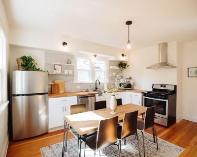 Fully remodeled upper apartment in the heart of trendy Bay View! - Bay View