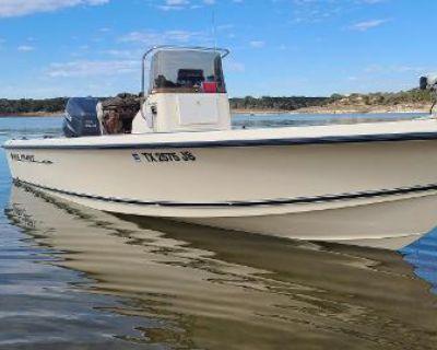 2002 Sea Hunt Navigator 22