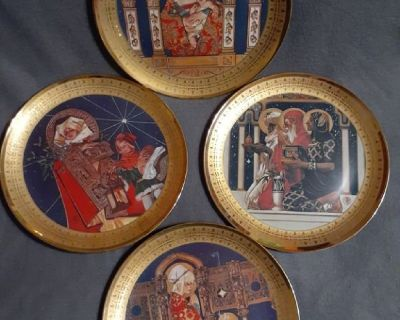 The official Royal Cornwall Classic Christmas Collection 4 Plates