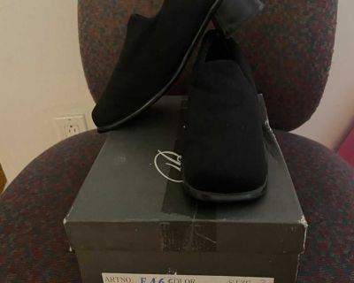Baciye black suede orthopedic shoes, size 8