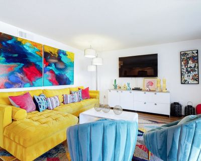Colorful condo w/ a private balcony, gated entrance, shared pools, & hot tubs! - Cathedral City