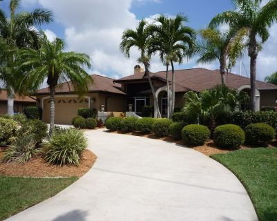 Boat Optional - Absolutely Beautiful Home - Heated Pool & Hot Tub - Pelican