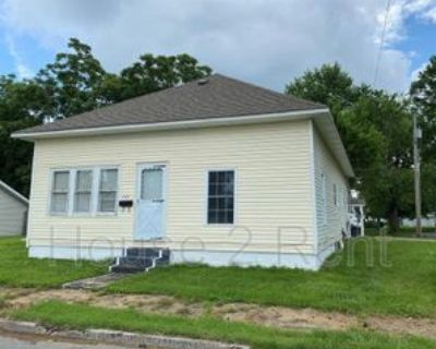 1111 S Mechanic St, Marion, IL 62959 2 Bedroom House