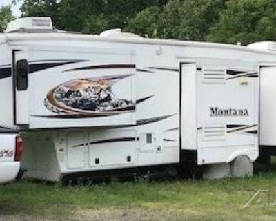 2012 Keystone Montana (Hickory Edition) 3400RL