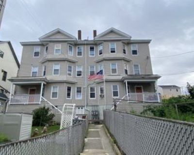 423 Division St #1RIGHT, Fall River, MA 02721 3 Bedroom Apartment