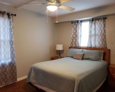 8602 Coastal Hwy #C, Ocean City, MD 21842 3 Bedroom Apartment