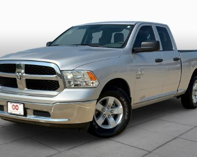 Pre-Owned 2019 Ram 1500 Classic Rear Wheel Drive Standard Bed - Offsite Location