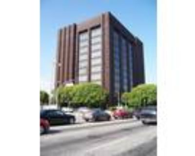 Los Angeles, Approx. 1,111 sq. ft. for sublease comprising 3