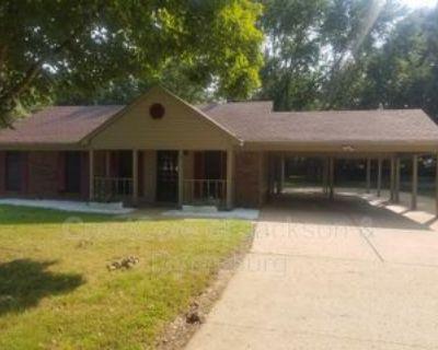 463 Old Humboldt Rd, Jackson, TN 38305 3 Bedroom House