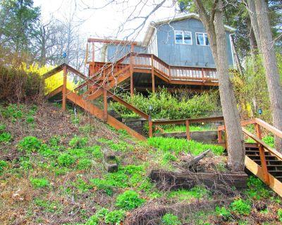 Beautiful Cayuga Lakehouse - Northwest Ithaca