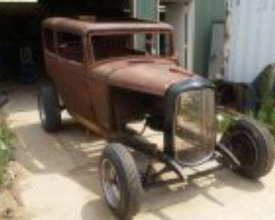 1932 ford tudor lowered again