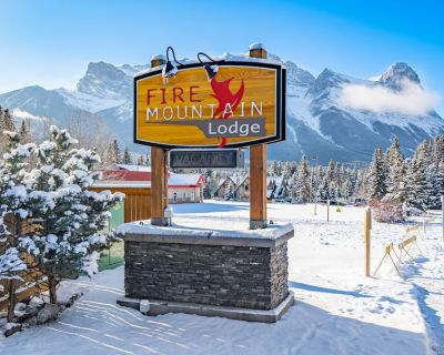Fire mountain lodge 2BD 2.5BTH Mtain view 1100sq hot tub fitroom central Canmore - Canmore