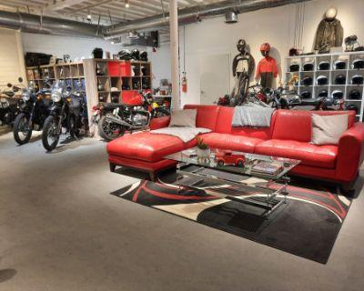 Cool Motorcycle Shop, Palm Desert, CA