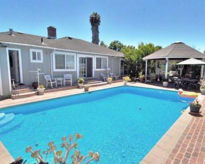 Palo Alto Backyard and Pool for Events, Palo Alto, CA