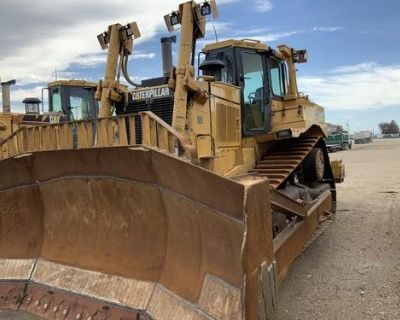 FOR SALE , 2001 CAT D8R DOZER / CRAWLER,31,719 , LOTS OF UPGRADES, EROPS, WITH