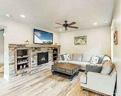 Contemporary townhome near slopes w/ clubhouse pool table & shared pool/hot tub - Heber City