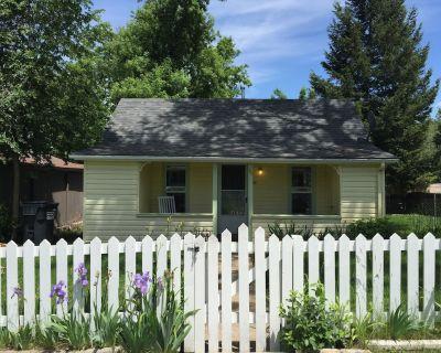 Charming Cottage in Historical Victorian Olde Erie Village - Erie