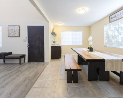 Modern Stylish Home | 8 Beds | Walk to DT Alhambra - Alhambra