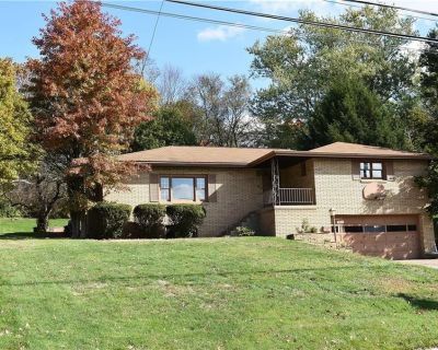 House for Sale in Pittsburgh, Pennsylvania, Ref# 201680823