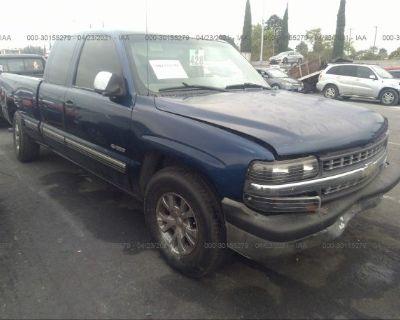 Salvage Dark Blue 2001 Chevrolet Silverado 1500