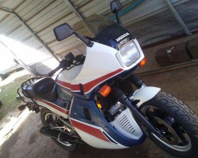 """1984 Honda VF1000F Interceptor """"project"""" Reduced OBO"""