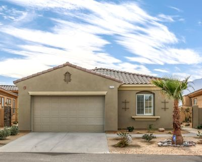 Luxe New Construction, 3 Bed Poolside Vacation Retreat with Amazing Views - Cathedral City
