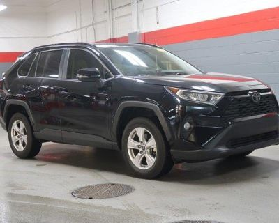 Pre-Owned 2019 Toyota RAV4 XLE FWD SUV