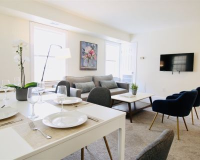 Destination Dupont - Deluxe Living, Spacious, Bright & Central! - Dupont Circle