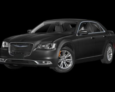 New 2021 Chrysler 300 Touring With Navigation & AWD