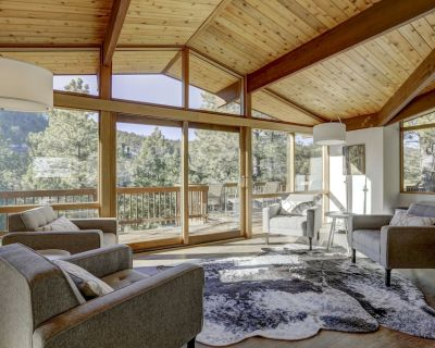 Luxe Private Mountain Lodge 5 Bdrm Home HOT TUB * WiFI * Min. to town - Boulder County