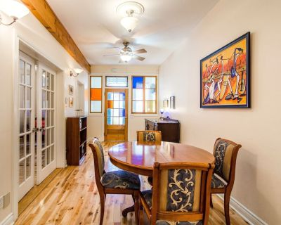 Cozy Atwater Canal 1 - 2 BR APPARTEMENT near DOWNTOWN, SUBWAY - Saint Henri