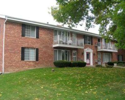 130 Heidel Road, Thiensville, WI 53092 2 Bedroom Apartment