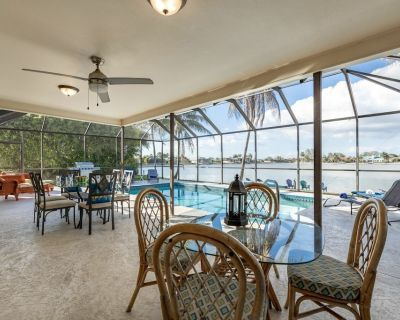Amazing Water Views with Heated pool and Pool Table! Lake House at the Cape - Roelens Vacations - Pelican