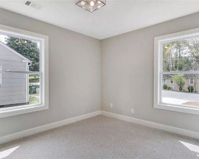 Room for Rent in Nice House