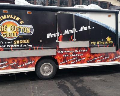 Eye-Catching Turnkey GMC Grumman Food Truck in Mohnton, PA