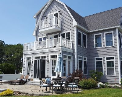50yds to the Beach, Perfect for Families, Hot Tub, Firepit, Free Parking, WiFi - Old Orchard Beach