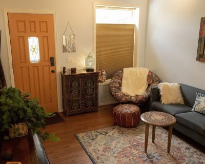 Enjoy, Peaceful Urban Escape in Trendy Capitol Hill, Denver - 30+ day stays only - Capitol Hill