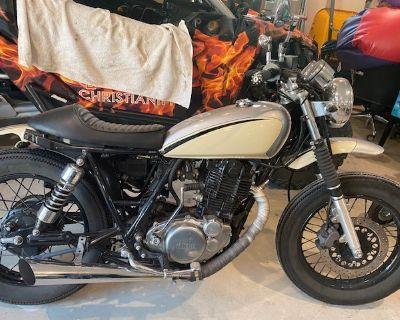 2015 Yamaha RD400