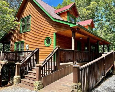 Elegant,rustic Log Cabinw/hot Tub,pool Table,wifi.close to Wineries & Dwtn Helen - Cleveland