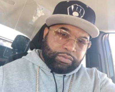 Terrance Brown, 42 years, Male - Looking in: Milwaukee Milwaukee County WI