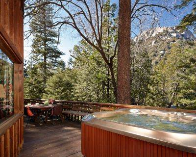 """Perfect """"Lily Rock Lodge' With Amazing Views spa and pool table - Fern Valley"""
