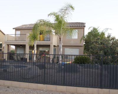 A Spacious Gem in Tucson, with Pool! - Tucson Estates