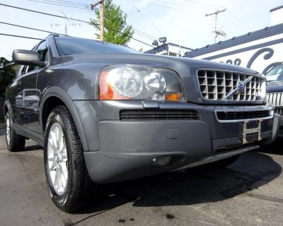 2005 Volvo XC90 4dr 4.4L AWD w/3rd Row