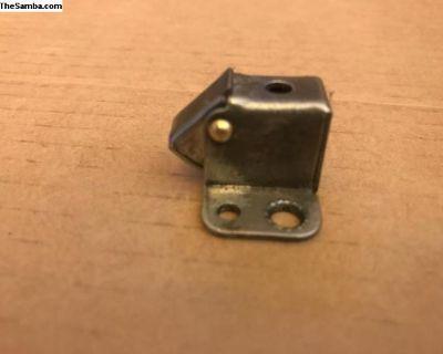 Camper SO 42 & SO 44 cabinet door mechanisms