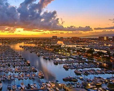 Exquisite Sunrise Views @ our 2 bed/2 bath apt - Marina del Rey