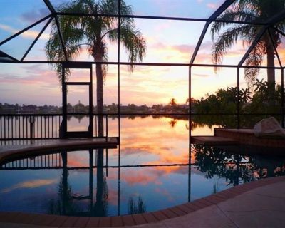 Waterfront, Infinity Pool, PowerBoat w Gulf Access, Private Dock, Pool Table - Eight Lakes