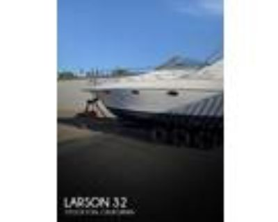 32 foot Larson 32